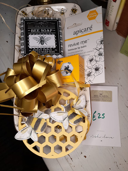 Happy as can bee gift set