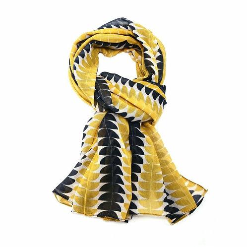 Retro geo scarf