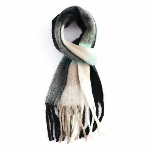 Chunky tartan winter scarf