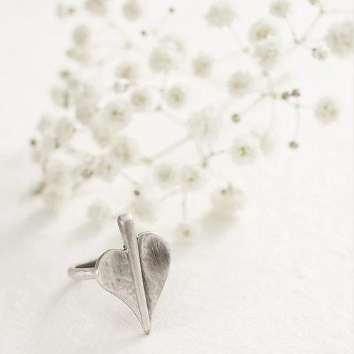 Mini leaf of love ring- medium