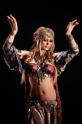 Трайбл танцовщица. Агапия