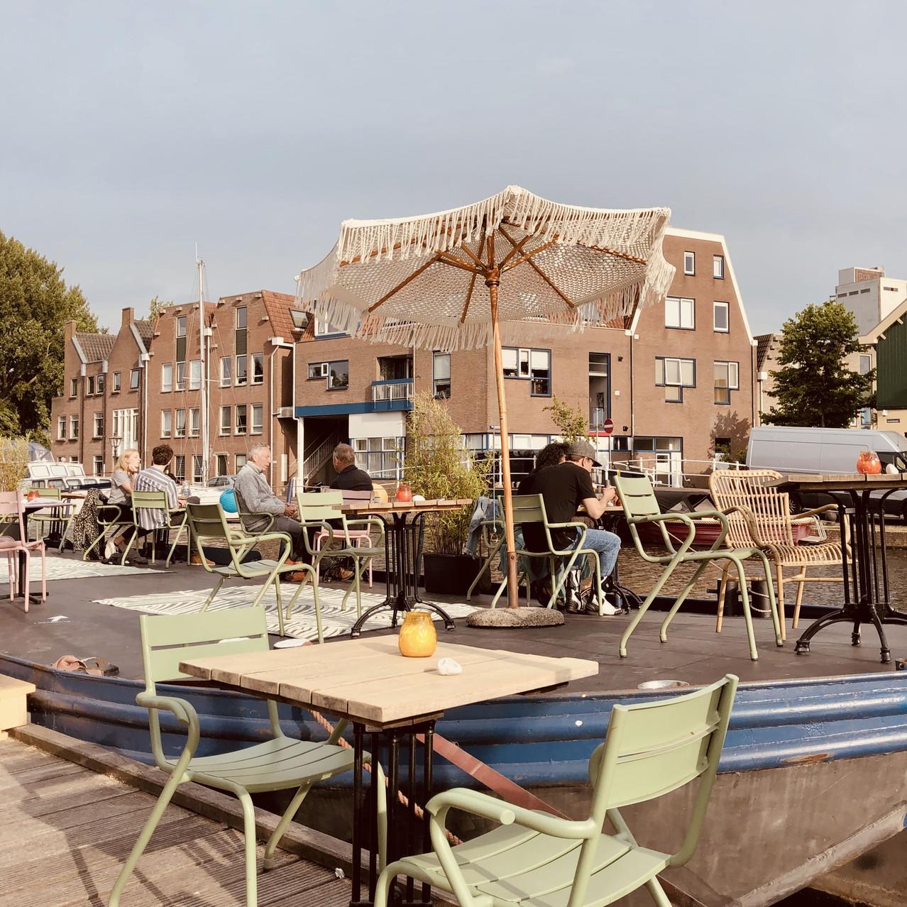 Restaurant Lot & de Walvis outdoor terrace Leiden Netherlands