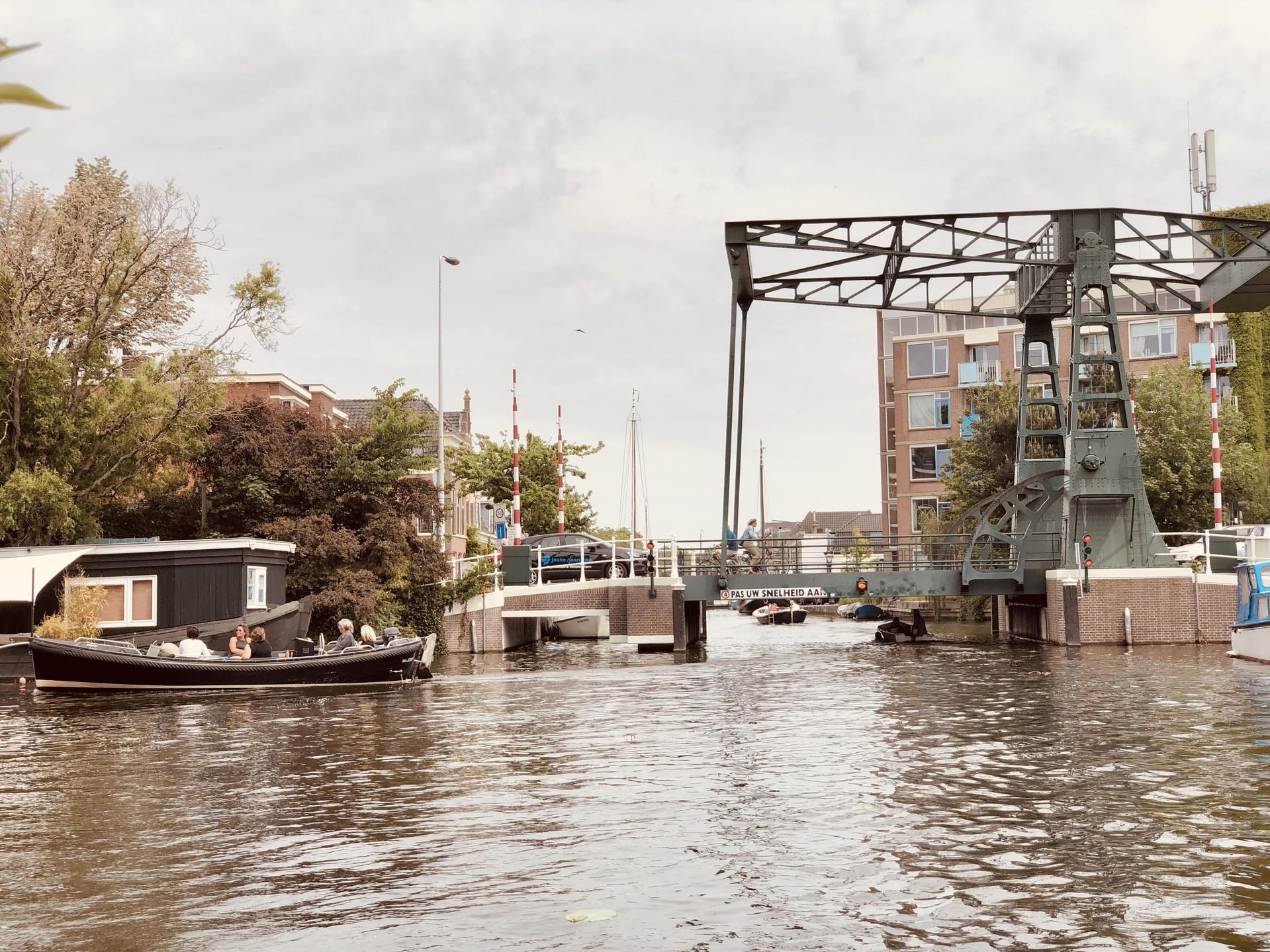 Boattrip Leiden Netherlands bridge views