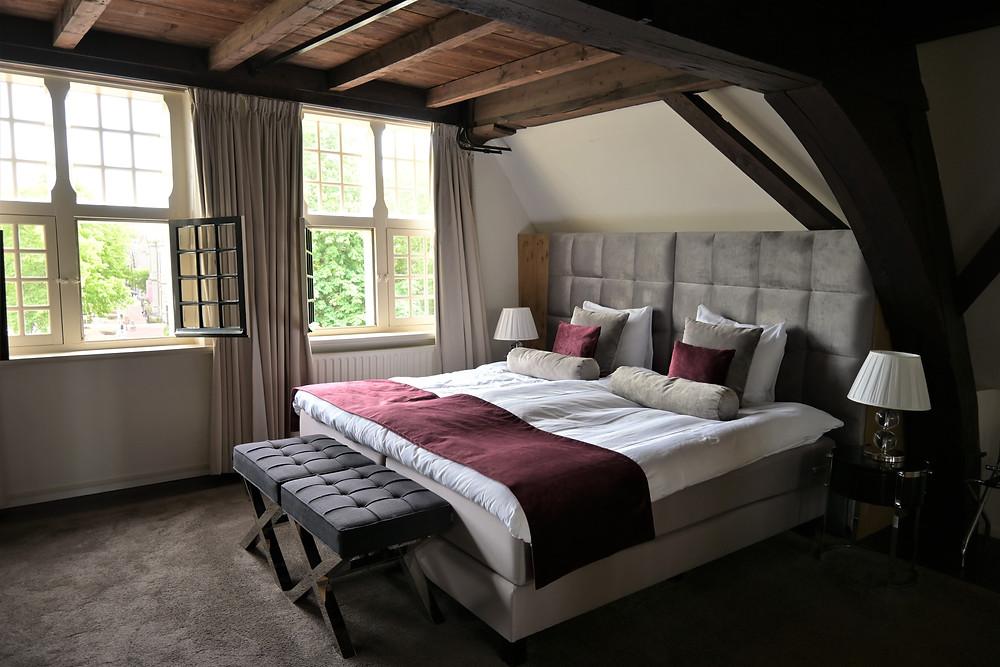 Steenhof Suites Premium Suite bedroom Leiden Netherlands staycation