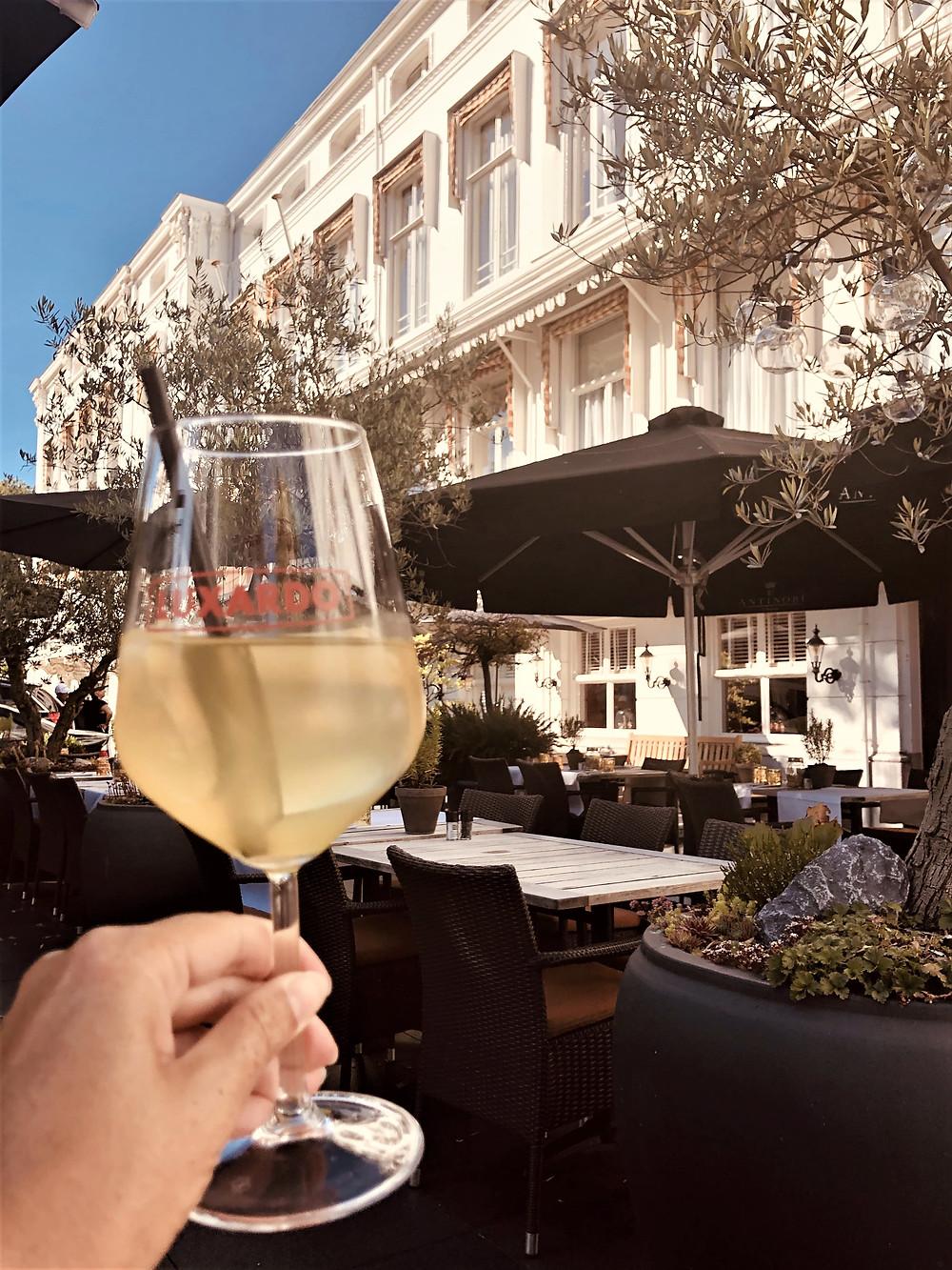 Cheers Carlton Ambassador Hotel The Hague Restaurant Sophia - The Netherlands