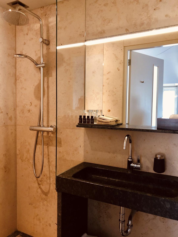 Hotel Miss Blanche bathroom Groningen-The Netherlands