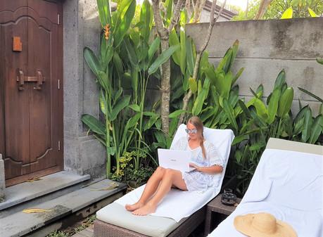 Content creators - freelancers - travelers burnout prevention tips