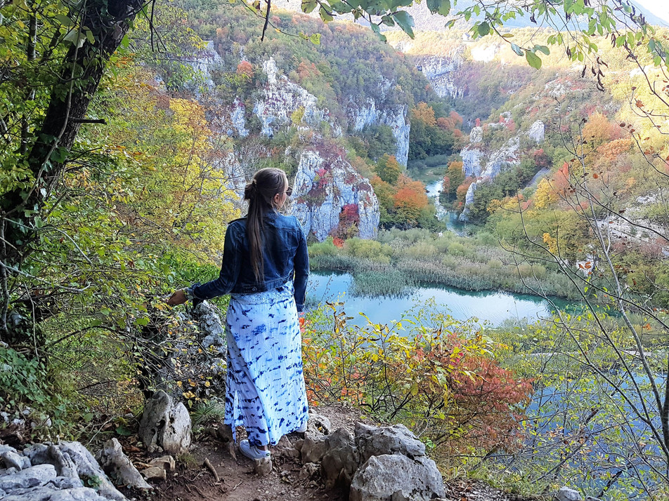 8 reasons to visit Krka and Plitvice NP Croatia in autumn – and 30 pics to convince you!