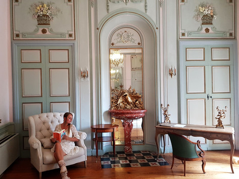 Top 6 authentic luxury hotels France - most unique accommodations of Drôme & Provence