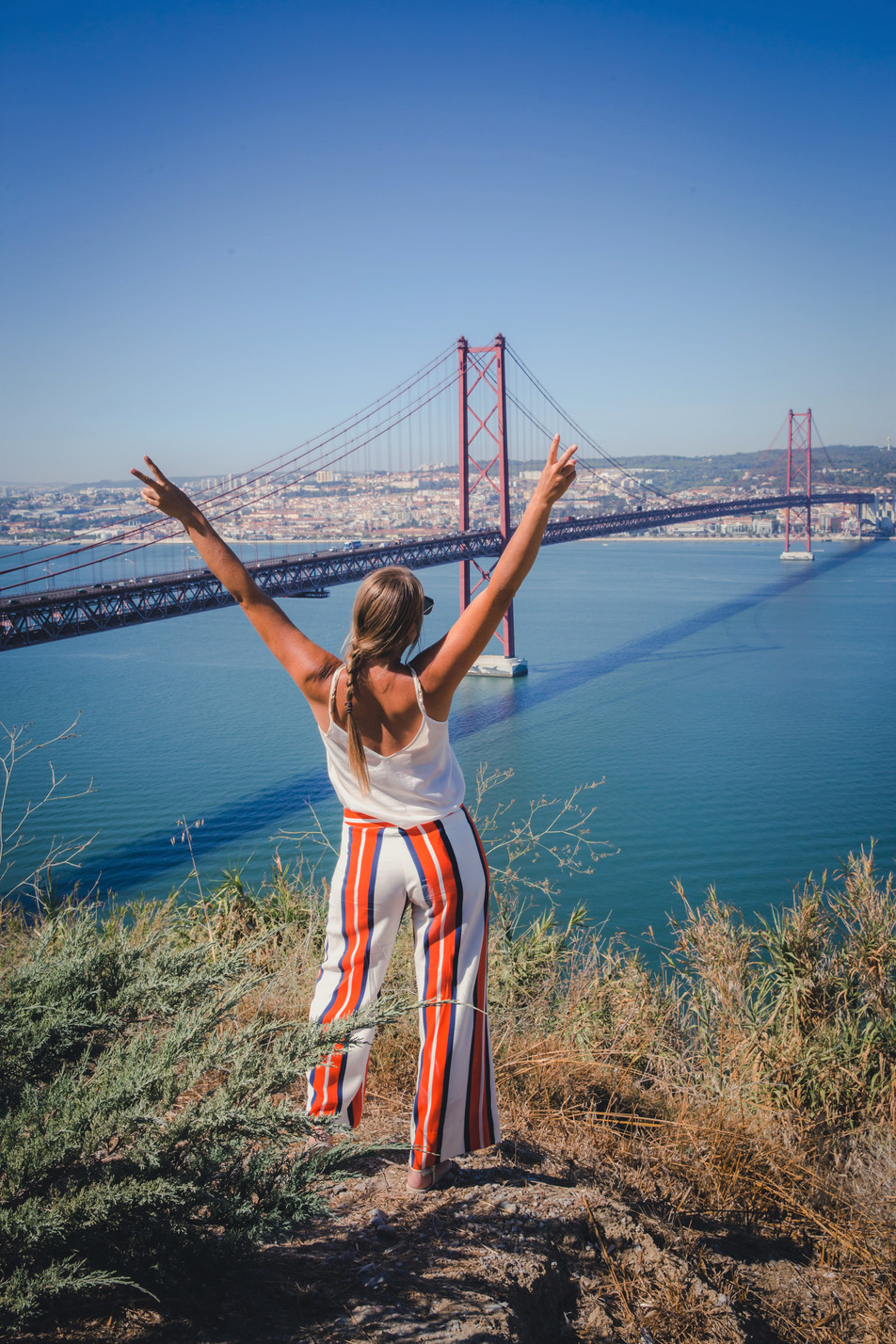 Instagrammable Lisbon girlstrip – 9 top spots & sights of the Portuguese capital