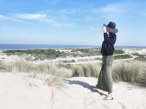 Travel light, comfortable & stylish with KameleonRose – the ultimate travel dress