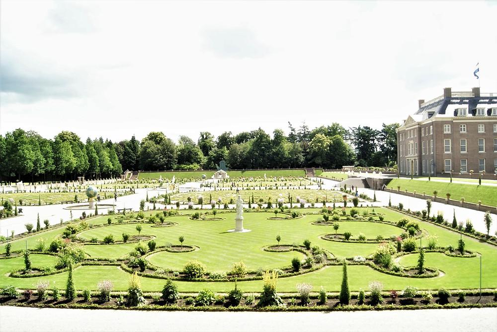 Gardens of Paleis het Loo Apeldoorn - the Netherlands