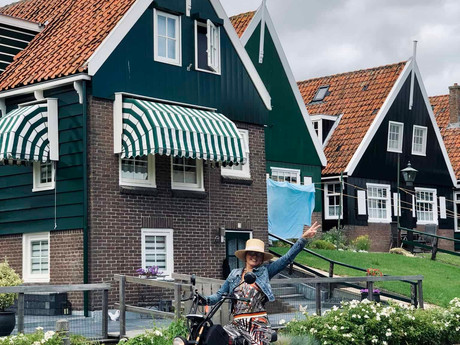 Exploring old Holland like a local-ultimate daytrip in the Netherlands