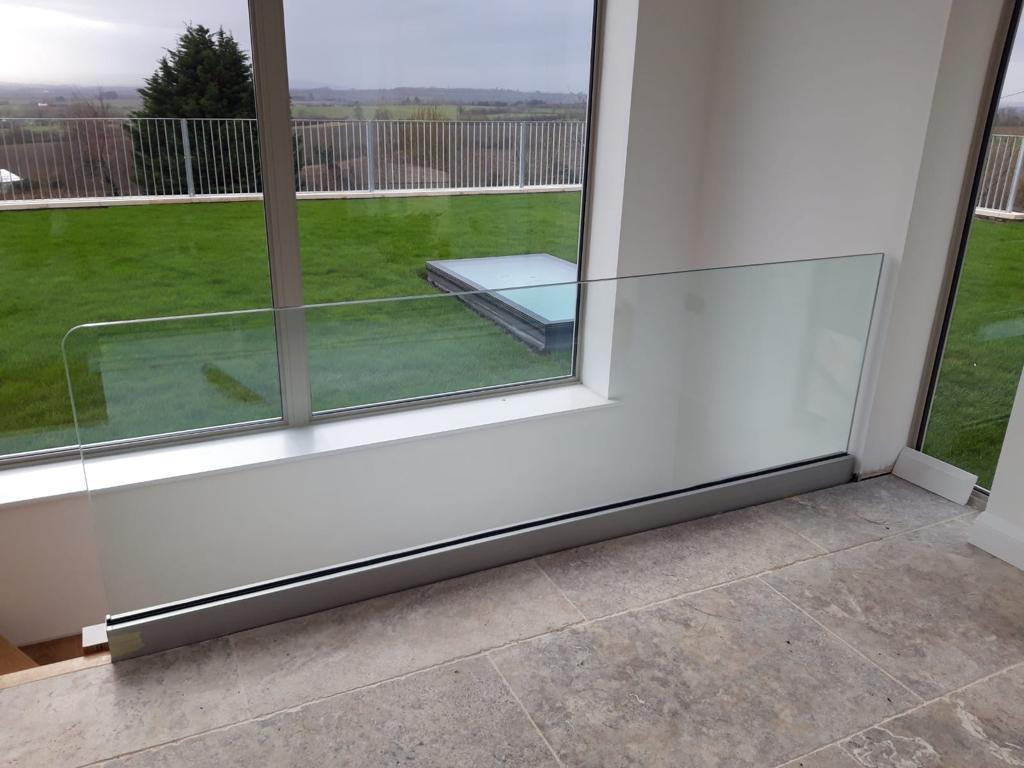 BALUSTRADE UK FRAMELESS5.jpg