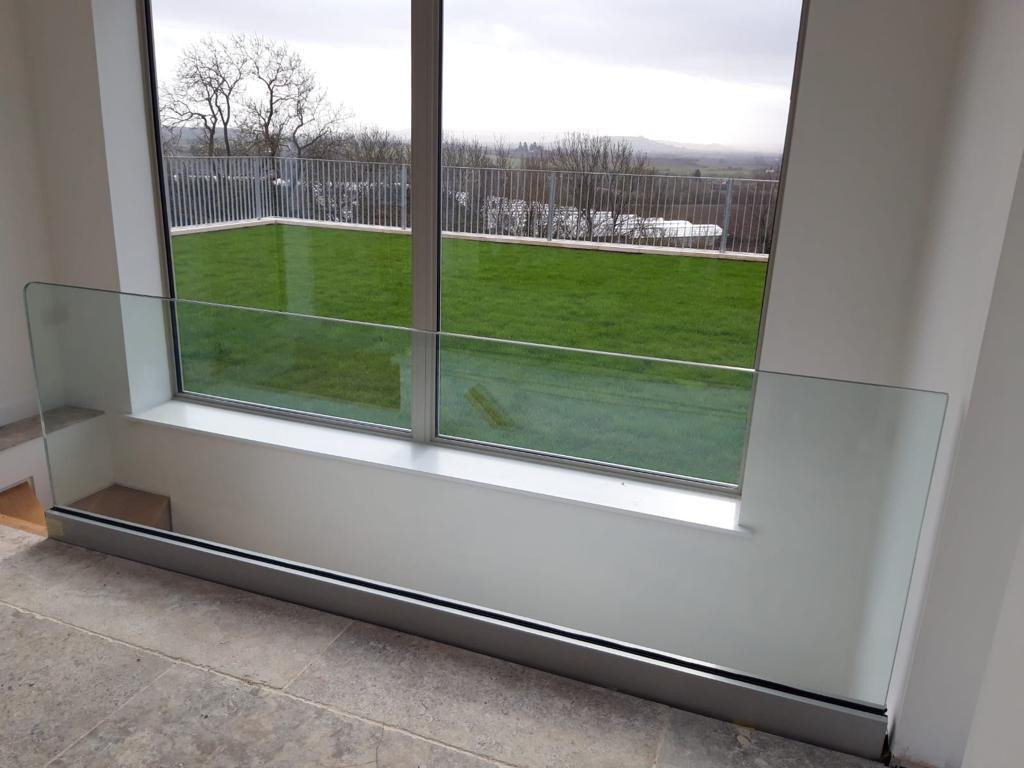 BALUSTRADE UK FRAMELESS6.jpg