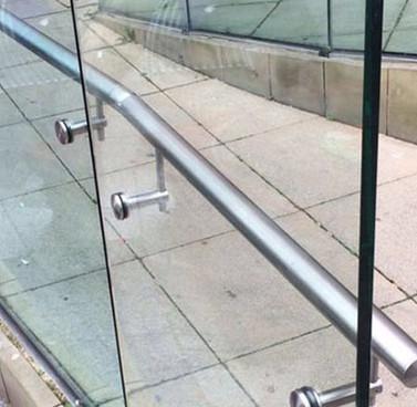 Stainless-Steel-Handrails-4.jpg