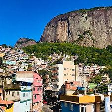Favela Rocinha Voyagez Rio.jpg