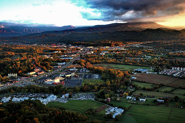 Pigeon_Forge_TN_Commercial_Real_Estate.j