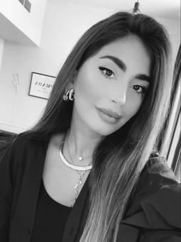 Maha El Fakih | American Rag Cie