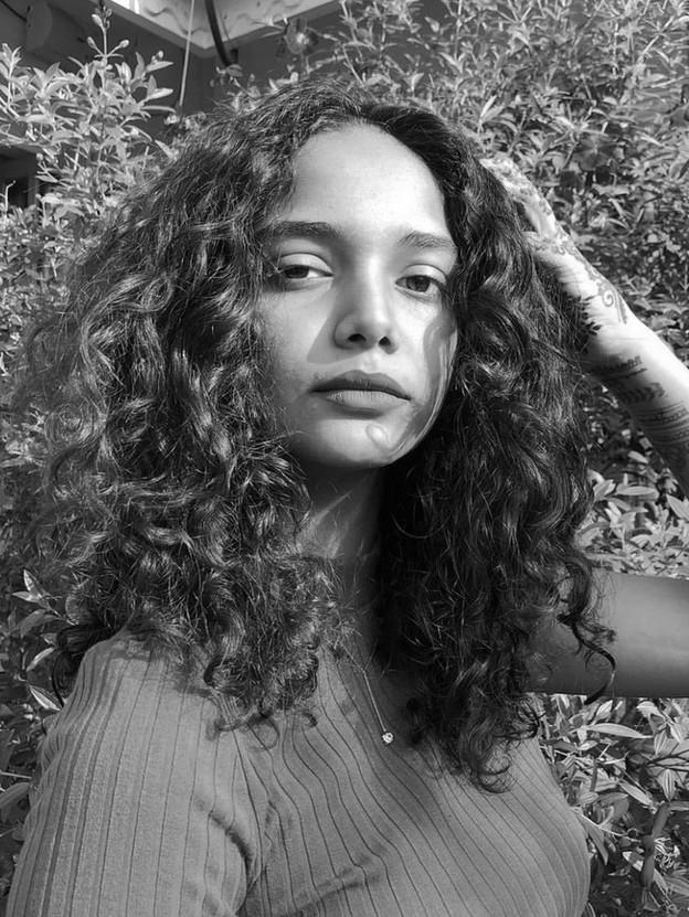 Mariam Roy | Aw Rostamani