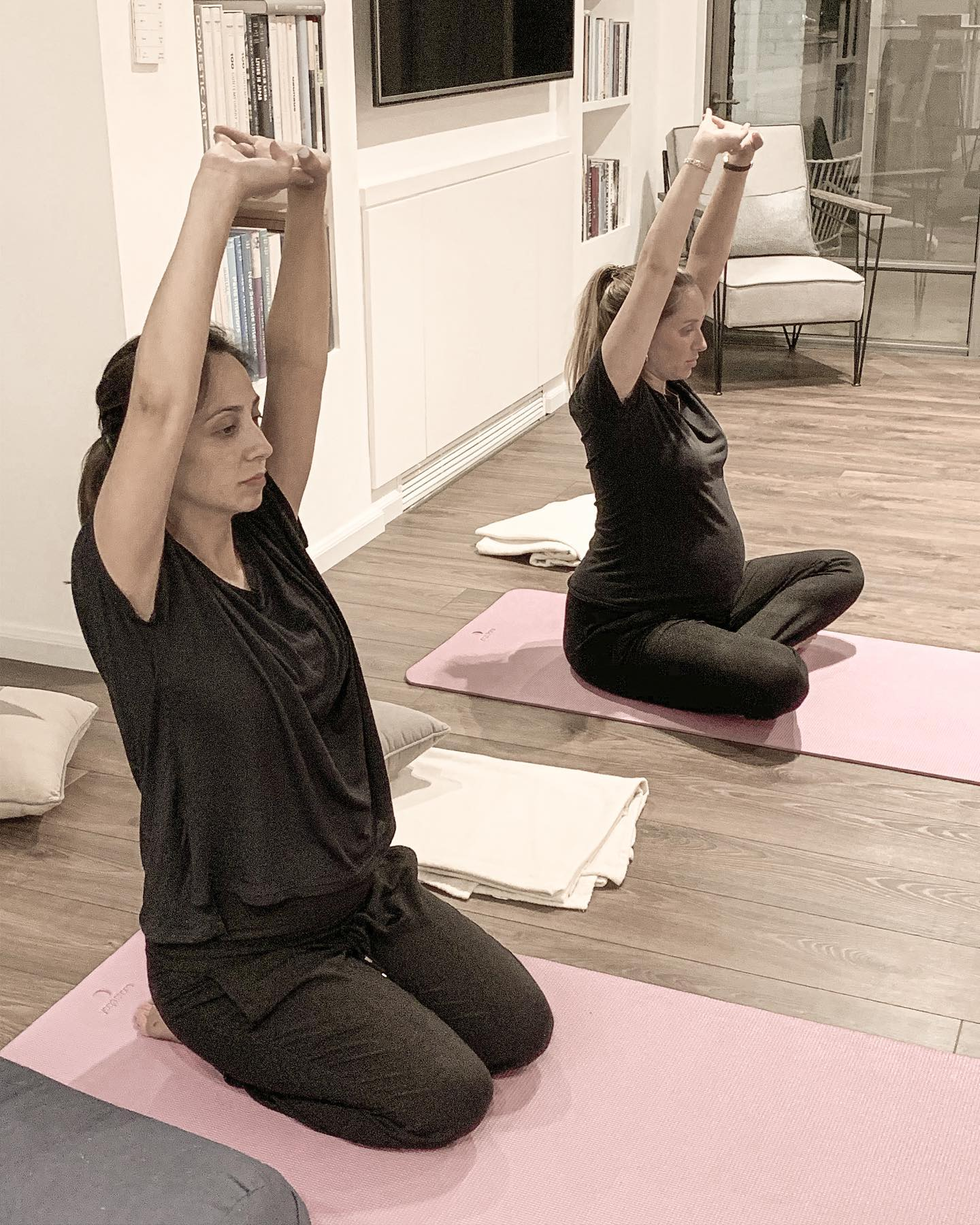 pregnant yoga2