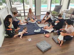 baby massage 3