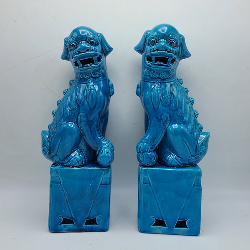 Chinese Porcelain Turquoise Foo Dogs