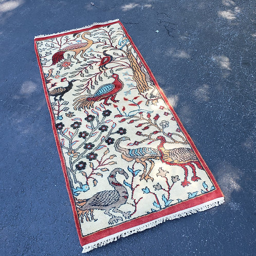 """Hand Knotted 100% Wool Ivory Runner Rug with Birds ~ 2'7"""" x 5'10"""""""