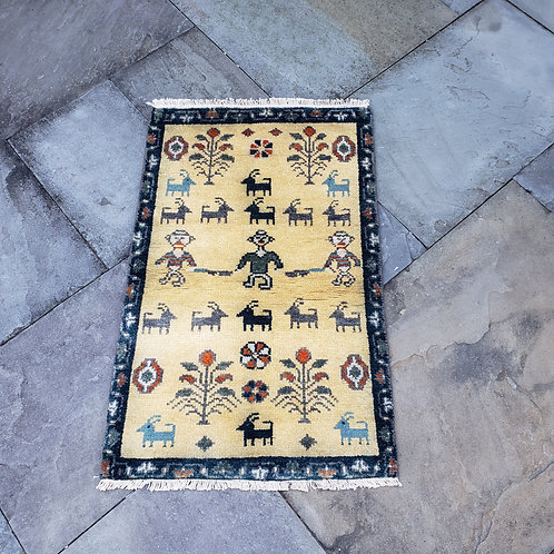 """Hand Knotted 100% Wool Green & Yellow Rug with Animals ~1'10"""" x 3'"""