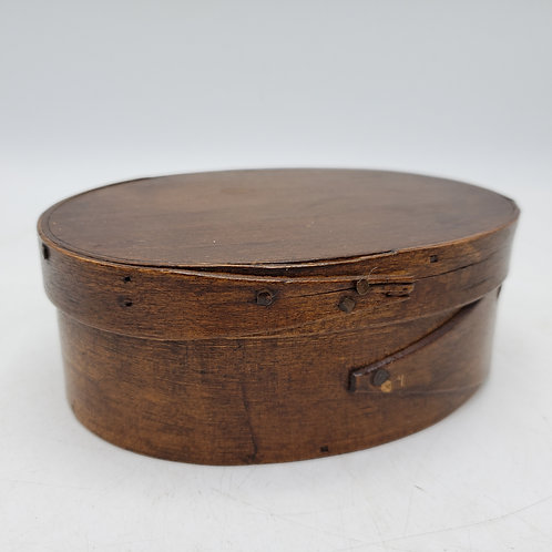 Small Vintage Shaker One Finger Oval Wooden Box