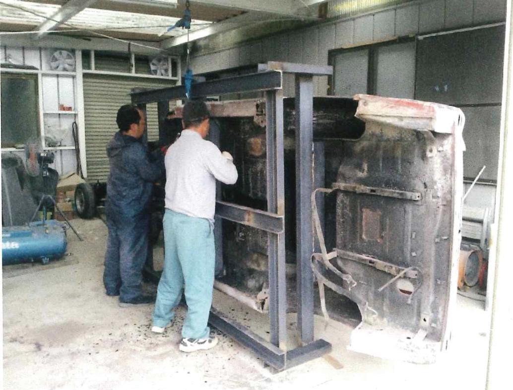 車台の板金修理