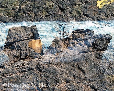 Niagara Falls Textured
