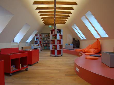 kinderbibliothek-dachraum-1.jpg