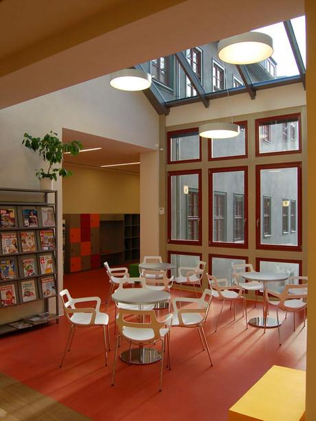 kinderbibliothek-wintergarten.jpg