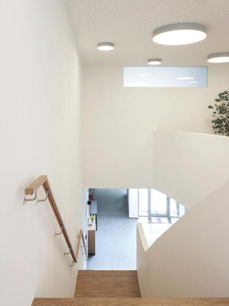 trommsdorffstrasse-treppe-oben.jpg