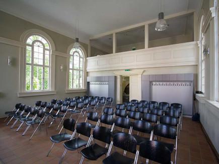 kleine-synagoge-saal.jpg