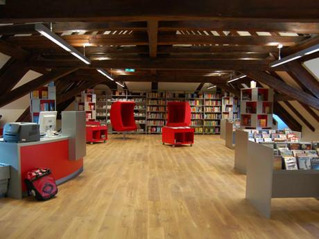 kinderbibliothek-dachraum-2.jpg