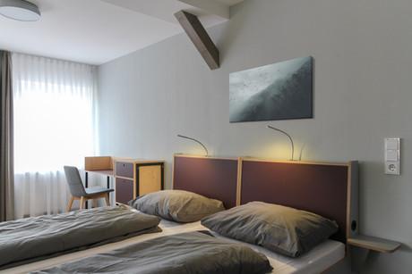 gaestehaus-dreibrunnen-doppelbett.jpg