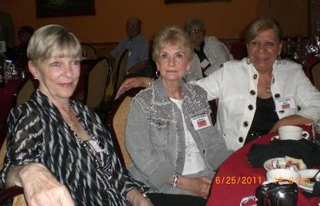 Pat,  Carol & Dottie