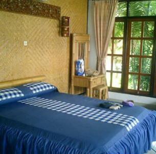 Bali bedroom_small.jpg