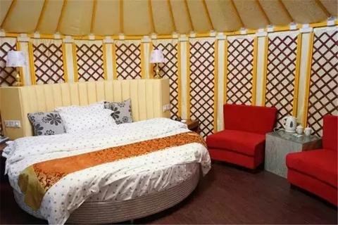 yurt room