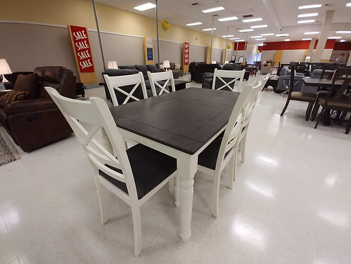 7pc Farmhouse Two-Tone Dining Table