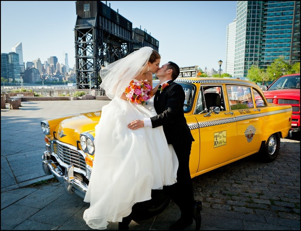 Wedding, Gantry Plaza State Park.jpg