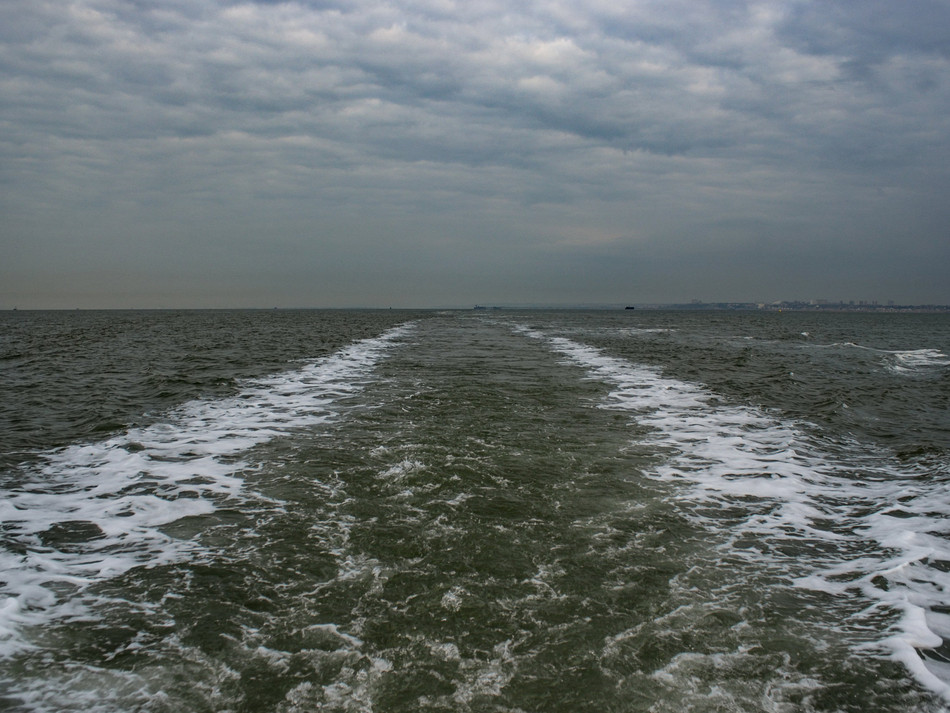 simon fowler_MAUNSELL SEAFORTS thames estuary-592841944lr.JPG