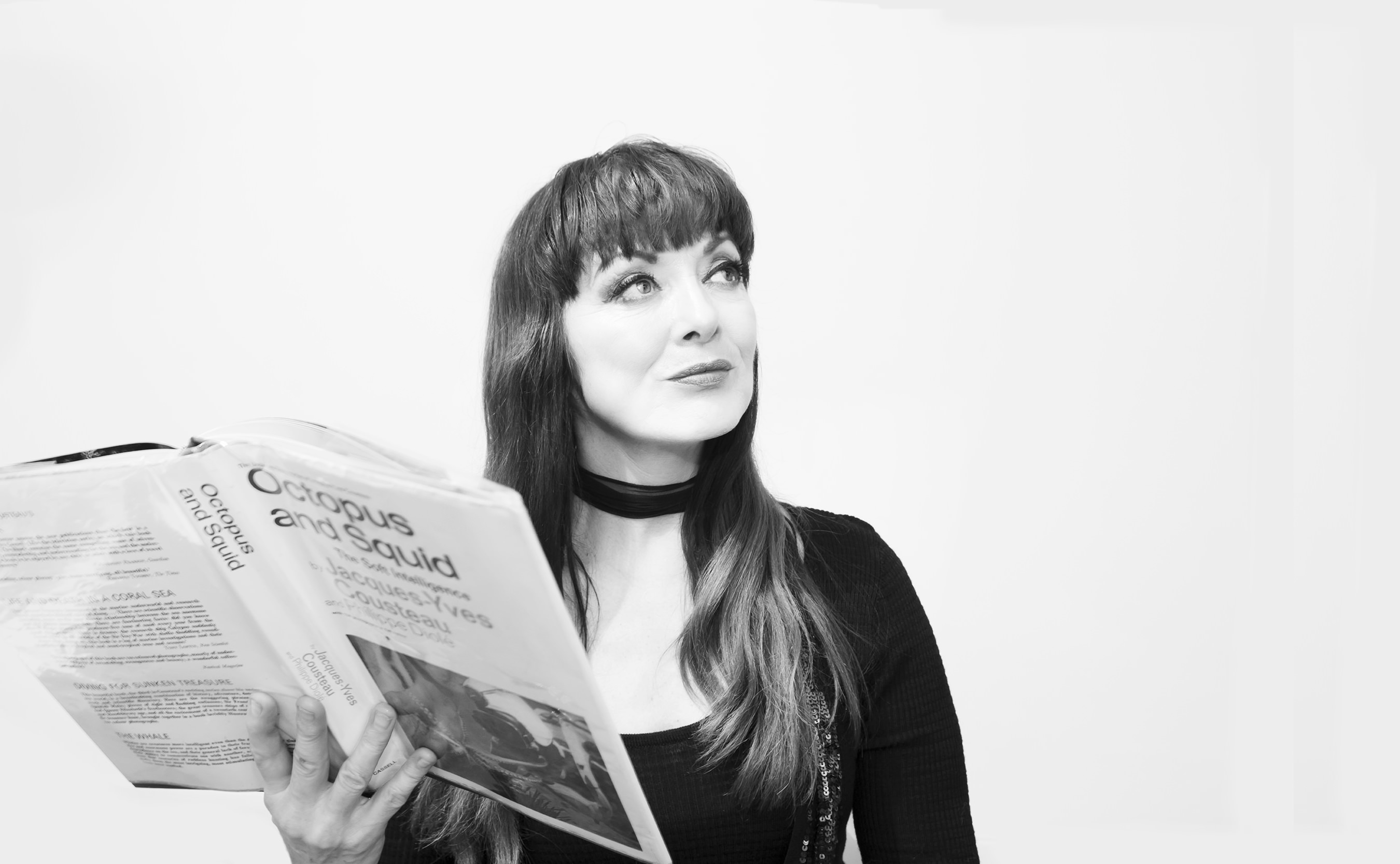 Tina Grace - Singer