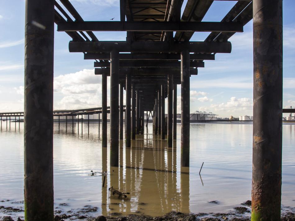 simon fowler_photography_06_Canvey_Coryton Refinery_Essex.JPG
