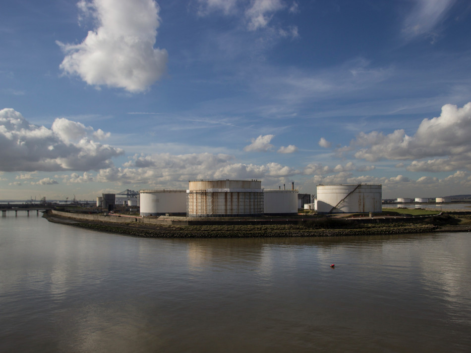 simon fowler_photography_12_Canvey_Coryton Refinery_Essex.JPG