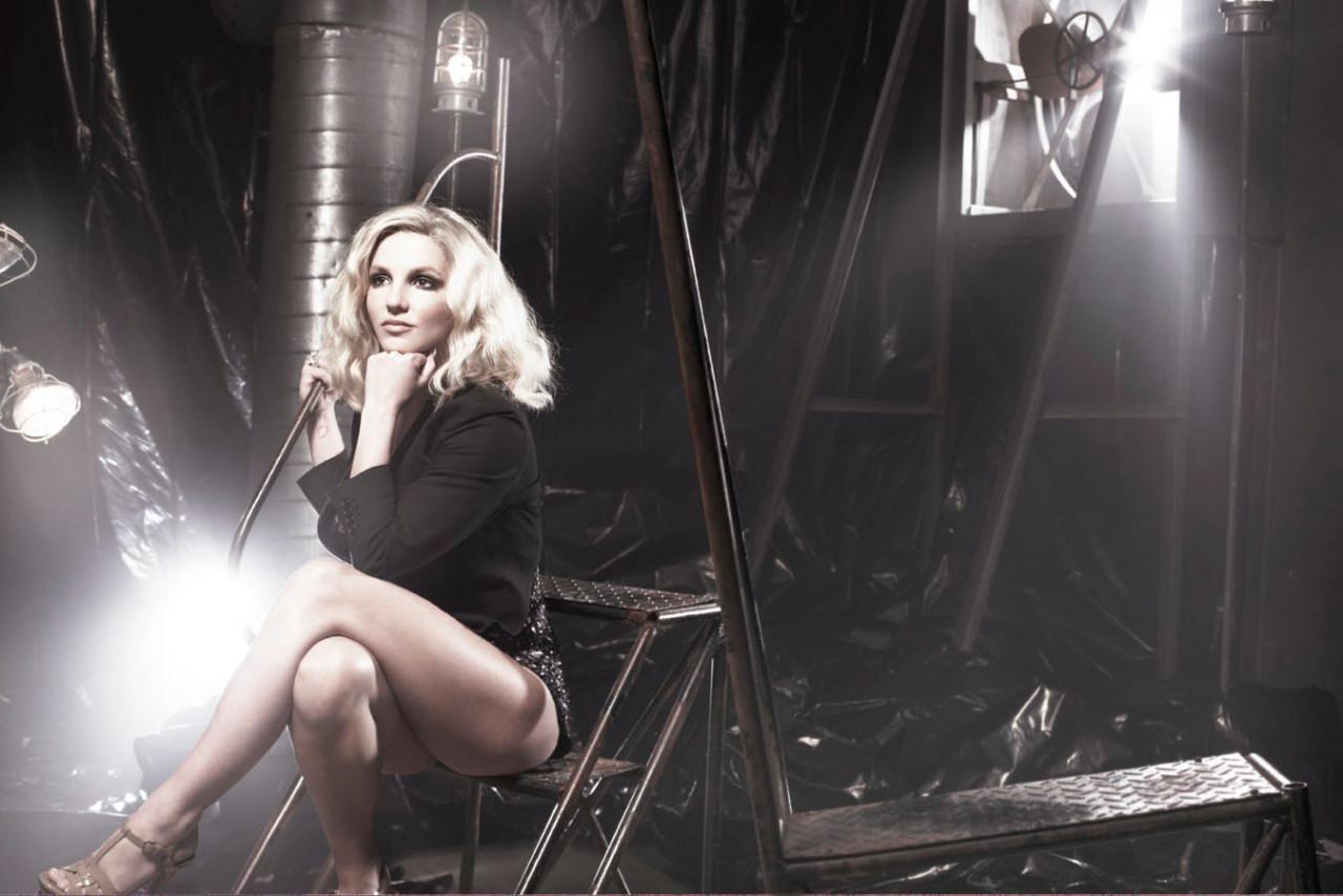 Britney_Sony_Shot11-001.jpg