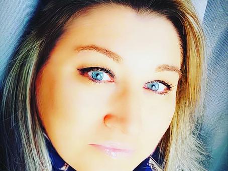 """La Vocal Coach Miriam Taylor e il suo motto """"Sempre avanti"""""""