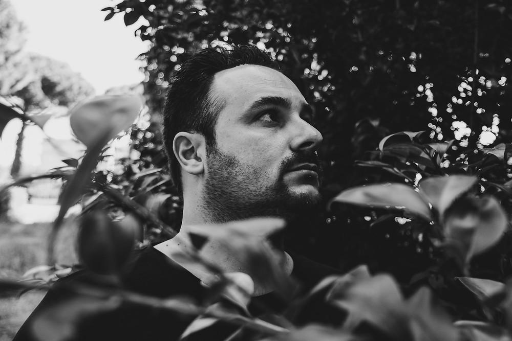 """Il maestro Nico Pistolesi: """"In un disco per solo piano è più facile raccontarsi""""   BySaraMorandi"""